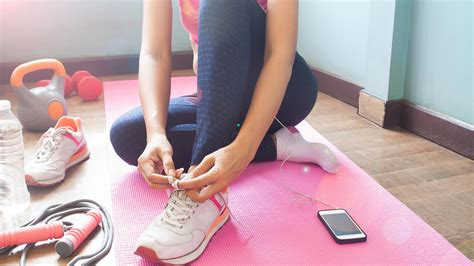 Sharyn's top 7 online workouts you can do while you're